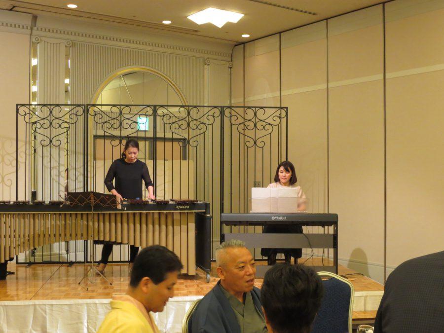 島田さん(マリンバ)と広瀬さん(ピアノ)